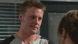Oliver Barnes, Carmella Cammeniti in Neighbours Episode 5289