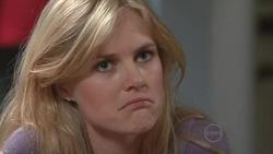 Elle Robinson in Neighbours Episode 5290