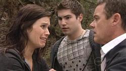 Rebecca Napier, Declan Napier, Paul Robinson in Neighbours Episode 5291