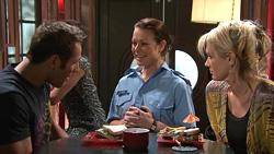 Adam Rhodes, Snr. Const. Sophie Cooper, Pepper Steiger in Neighbours Episode 5291
