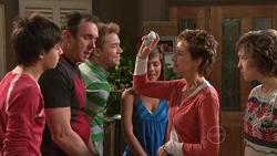Zeke Kinski, Karl Kennedy, Ringo Brown, Rachel Kinski, Susan Kennedy, Bridget Parker in Neighbours Episode 5295