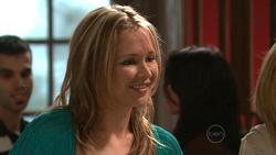 Steph Scully in Neighbours Episode 5299