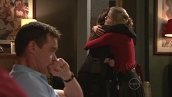 Paul Robinson, Rebecca Napier, Elle Robinson in Neighbours Episode 5300