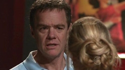 Paul Robinson, Elle Robinson in Neighbours Episode 5300