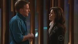 Oliver Barnes, Rebecca Napier in Neighbours Episode 5300