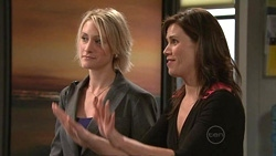 Diana Murray, Rebecca Napier in Neighbours Episode 5300