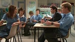 Rachel Kinski, Bridget Parker, Zeke Kinski, Declan Napier, Ringo Brown in Neighbours Episode 5301