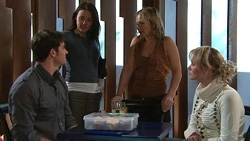 Frazer Yeats, Rosie Cammeniti, Steph Scully, Pepper Steiger in Neighbours Episode 5302