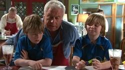Mickey Gannon, Lou Carpenter, Tyler Smith in Neighbours Episode 5304