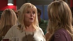 Jackie Jones, Steph Scully in Neighbours Episode 5304