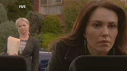 Samantha Fitzgerald, Libby Kennedy in Neighbours Episode 6037