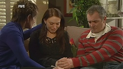 Susan Kennedy, Libby Kennedy, Karl Kennedy in Neighbours Episode 6038