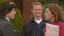 Declan Napier, Paul Robinson, Rebecca Napier in Neighbours Episode 6039