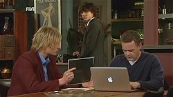 Andrew Robinson, Declan Napier, Paul Robinson in Neighbours Episode 6039