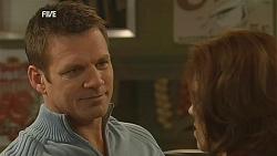 Michael Williams, Rebecca Napier in Neighbours Episode 6039