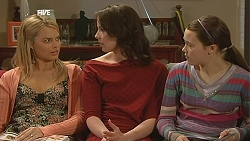 Donna Freedman, Kate Ramsay, Sophie Ramsay in Neighbours Episode 6043