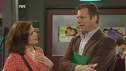 Rebecca Napier, Michael Williams in Neighbours Episode 6043