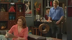 Rebecca Napier, Natasha Williams, Andrew Robinson in Neighbours Episode 6043