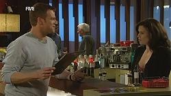Michael Williams, Rebecca Napier in Neighbours Episode 6044