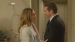 Sonya Mitchell, Toadie Rebecchi in Neighbours Episode 6045