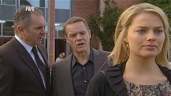 Karl Kennedy, Paul Robinson, Donna Freedman in Neighbours Episode 6046