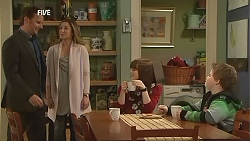Lucas Fitzgerald, Sonya Mitchell, Summer Hoyland, Callum Jones in Neighbours Episode 6046