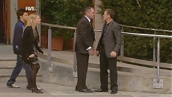 Zeke Kinski, Donna Freedman, Karl Kennedy, Paul Robinson in Neighbours Episode 6046