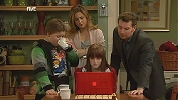 Callum Jones, Sonya Mitchell, Summer Hoyland, Lucas Fitzgerald in Neighbours Episode 6046