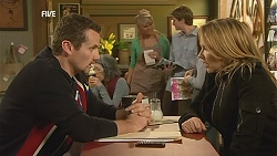 Toadie Rebecchi, Steph Scully in Neighbours Episode 6048