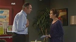 Karl Kennedy, Susan Kennedy in Neighbours Episode 6049