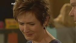 Susan Kennedy, Paul Robinson in Neighbours Episode 6049
