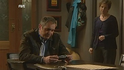 Karl Kennedy, Susan Kennedy in Neighbours Episode 6050