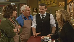 Lyn Scully, Lou Carpenter, Toadie Rebecchi, Steph Scully in Neighbours Episode 6050