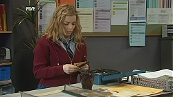 Natasha Williams in Neighbours Episode 6050