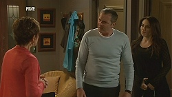 Susan Kennedy, Karl Kennedy, Libby Kennedy in Neighbours Episode 6050