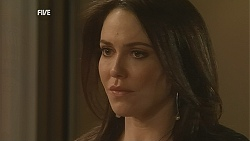 Libby Kennedy in Neighbours Episode 6050
