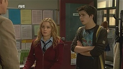 Michael Williams, Natasha Williams, Zeke Kinski in Neighbours Episode 6051