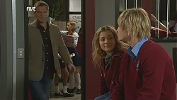 Michael Williams, Natasha Williams, Andrew Robinson in Neighbours Episode 6051