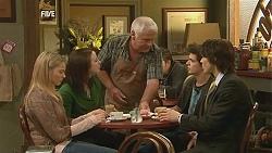Donna Freedman, Kate Ramsay, Lou Carpenter, Zeke Kinski, Declan Napier in Neighbours Episode 6052