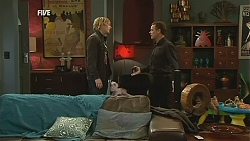Andrew Robinson, Paul Robinson in Neighbours Episode 6054