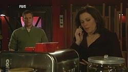 Michael Williams, Rebecca Napier in Neighbours Episode 6055