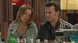 Sonya Mitchell, Lucas Fitzgerald in Neighbours Episode 6056