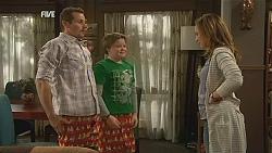 Toadie Rebecchi, Callum Jones, Sonya Mitchell in Neighbours Episode 6056