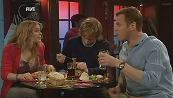 Natasha Williams, Andrew Robinson, Michael Williams in Neighbours Episode 6058