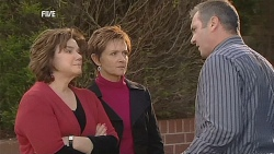Lyn Scully, Susan Kennedy, Karl Kennedy in Neighbours Episode 6060