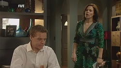 Paul Robinson, Rebecca Napier in Neighbours Episode 6060