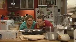 Sonya Mitchell, Toadie Rebecchi in Neighbours Episode 6061