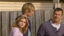 Natasha Williams, Andrew Robinson, Michael Williams in Neighbours Episode 6061