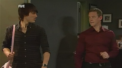 Declan Napier, Paul Robinson in Neighbours Episode 6061