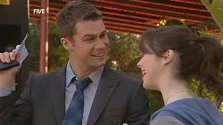 Mark Brennan, Kate Ramsay in Neighbours Episode 6062